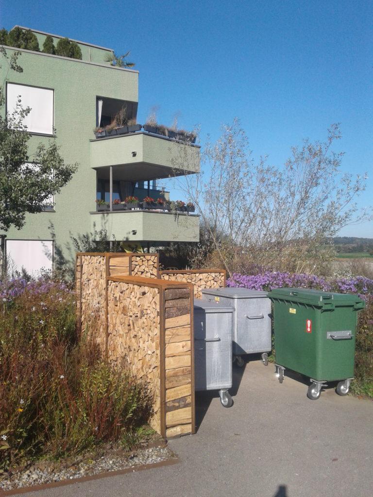 Sichtschutz Holzlager | Metallbau